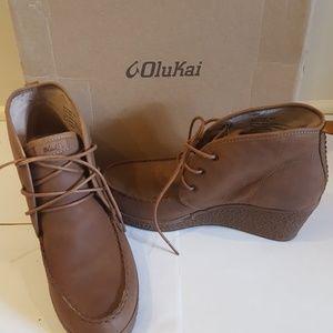 OluKai Shoes - New !Olukai wali wedge leather 9