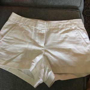 🌺 J crew white chino shorts 3 inch NWOT SIZE 10