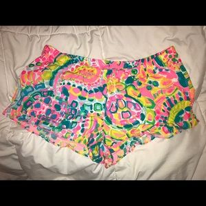 "Lilly Pulitzer 3"" KYA BEACH SHORT XL new with tags"
