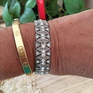 Antique style silver tone bracelet
