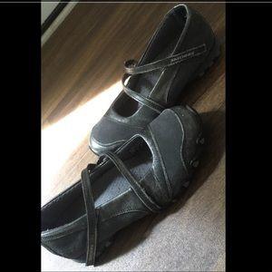 Skechers Shoes - SALE! 💥 SKECHERS FLATS