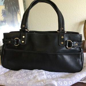 Perlina Handbags - Perlina Blacl Leather Shoulder Bag