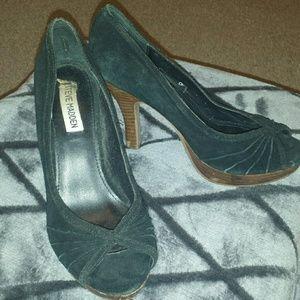 Steve Madden Shoes - Vintage Style Suede Peep Toe Wooden Platform Pumps