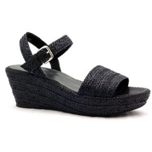 Shoes - Stuart Weitzman Barbados raffia sandals