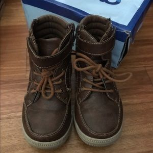 Josmo Other - Boys leather high tops sz 7