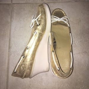 Gold Sperry Wedges