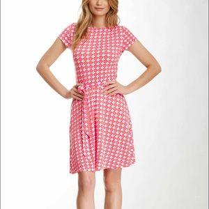 Leota Dresses & Skirts - Leota Ilana Print Dress