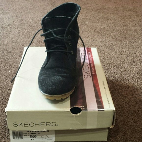 Womens Black Suede Lace Up Chukka Boots