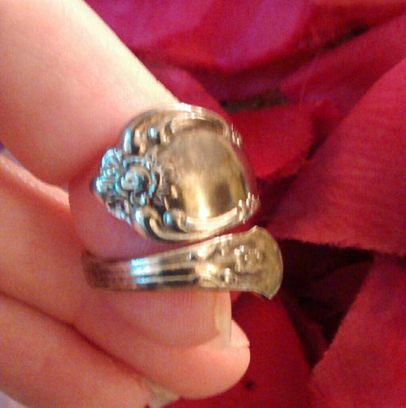 Oneida Jewelry Ring