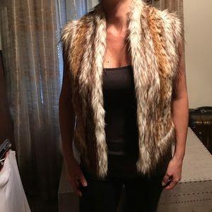 Cache cheetah faux fur vest