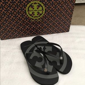 Tory Burch Shoes - NWT Authentic Tory Burch Flip Flops (Size 8)