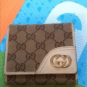 Trifold Gucci Wallet. Authentic!!