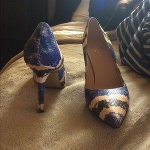 09565e7d2706 kate spade Shoes - NEW Kate Spade New York Larisa Cobalt Snake Combo