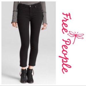 Free People Jasper Blackbird  Cropped Jeans