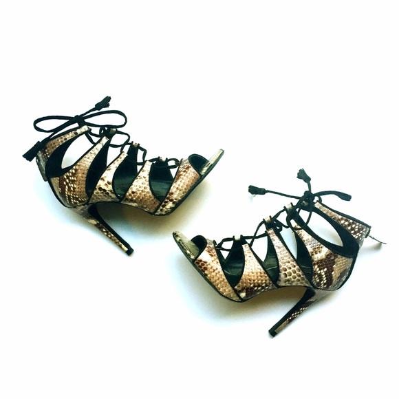 Zara Shoes - 🎉500k SALE🎉Zara Snakeskin Laceup Heels