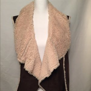 Knox Rose Jackets & Blazers - Knox Rose Faux suede and fur lined vest, Size XXL