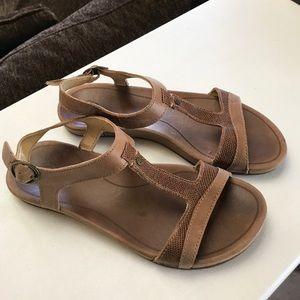 OluKai Shoes - Olukai Sandals