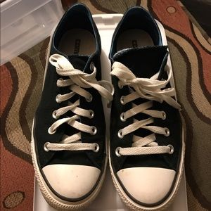 Converse Shoes - Converse women's 9 men's 7