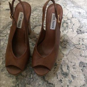 Steve Madden Shoes - 🆕Listing! Steve Madden Peep Toe Chunky Heels