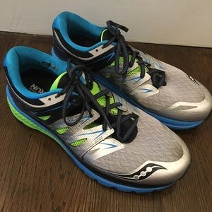 Saucony Other - Saucony Everun sneakers