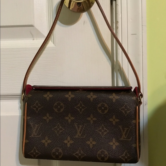 588b6e6b532d Louis Vuitton Handbags - Louis Vuitton Recital Bag - 100% Authentic