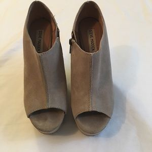 Steve Madden Whisttle Pumps Excellent Condition
