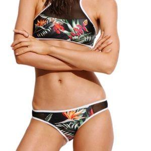 Other - Last 1! 🍃Leaf print piped black bikini