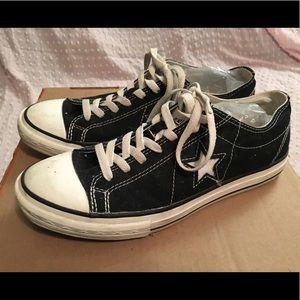Converse Shoes - Black Converse Sneakers size 9