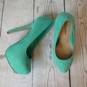 Breckelles Shoes - 🔥PRICE DROP🔥 Breckelle's Mint Marisa pumps