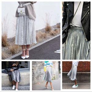 NWOT F21 Silver Pleated Midi Skirt