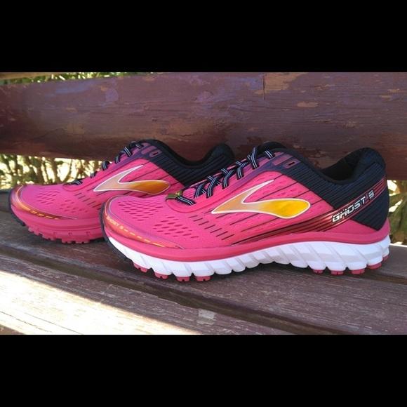 29256d89ee1 Brooks Shoes - Women s Brooks Ghost 9 Diva Pink Black like BN
