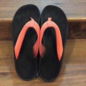 OluKai Shoes - Olukai flip flops Size 9, coral and black