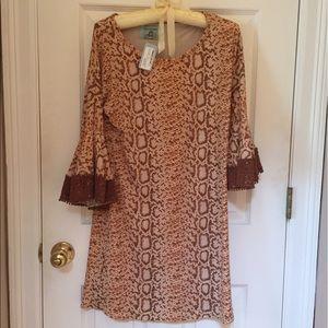 Judith March Dresses & Skirts - Judithmarch snake print shift dress