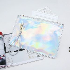 Handbags - 🦋HP🦋ENVELOPE CLUTCH