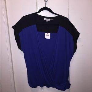 Calvin Klein surplice blue/black top
