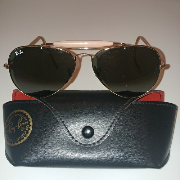 b20220cb4 Ray-Ban Outdoorsman Gold Aviator Wire Wrap Ears. M_592c9d2f2fd0b7a54503e18f