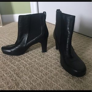 Rockport Black Leather Booties
