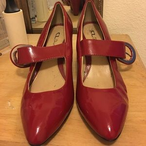Chinese Laundry Shoes - Chinese Laundry low heeled pumps