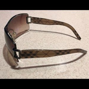 Authentic Burberry women's sunglasses