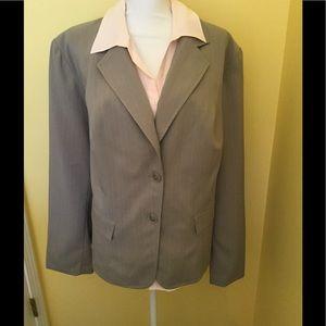 Jackets & Blazers - Feminine Styled Gray Blazer