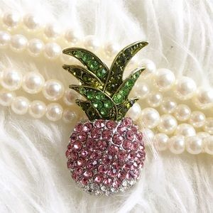 Jewelry - Pink pineapple brooch pin jewelry rhinestone
