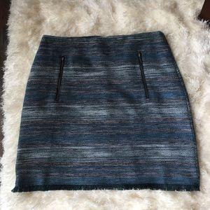 Ann Taylor Dresses & Skirts - Ann Taylor skirt size 10.