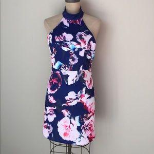 Dresses & Skirts - Floral stretch strappy back dress