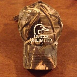 Other - Ducks unlimited camo hat