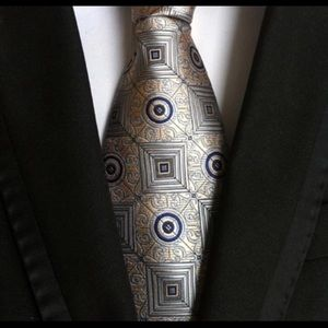 New Arrival Paisley Tie For Men Pyramid Figure