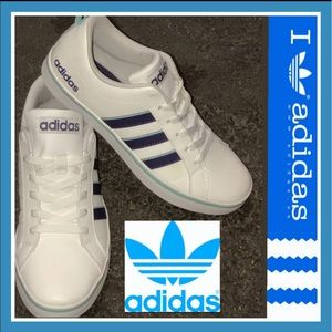 adidas Shoes - 1ᕼᖇ ᔕᗩᒪE ADIDAS CLASSIC-White leather-blue stripes