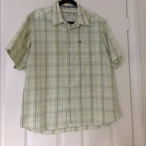 Men's Quiksilver Button Down Collared shirt