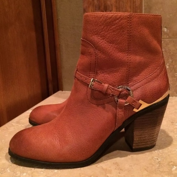Women's Vince Camuto Gregger Brown Leather Upper Ankle Boots Shoes Size 10 M NEW