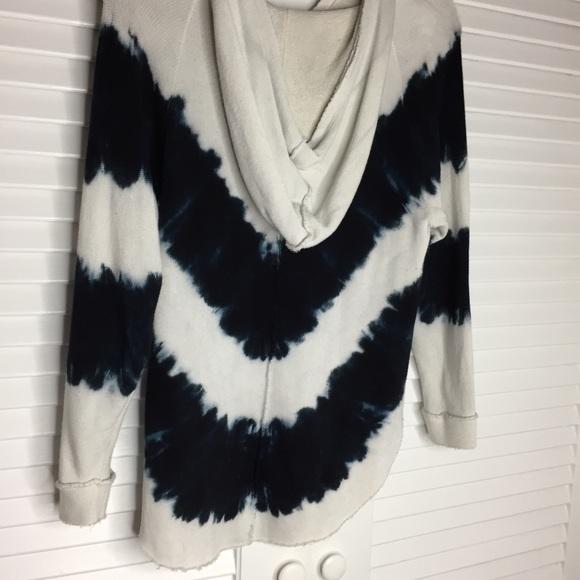 Mono B Tops - Mono B Tie Dye Hoodie in Cream/ Navy