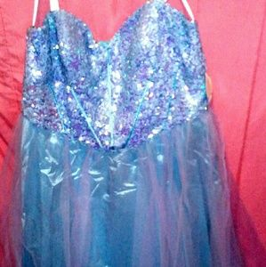Dresses & Skirts - Sequence blue gown
